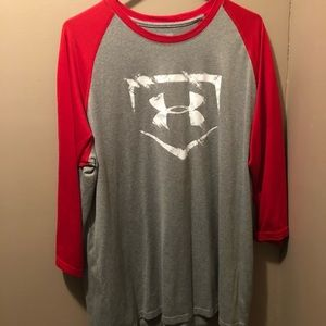 Under Armour loose fit 3/4 sleeve shirt